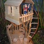 Craft stick bending crafts stick crafts projects for kids for How to build a treehouse with sticks
